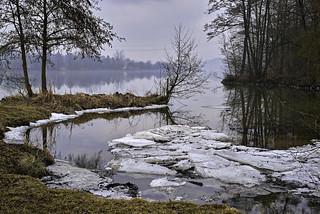Letztes Eis an der Donau