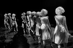 Les Marylins (mifranc91) Tags: blackandwhite bw concert coulisses d700 lumières monochrome nikon noiretblanc scène spectacle troupe zicos 1450