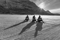 Abisko snowmobiling (stbea101) Tags: abisko sweden bw lake snowmobile skoter shadow