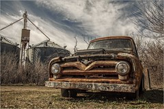 Old Stalwart (A Anderson Photography, over 2.2 million views) Tags: truck v8 canon rust grainsilos