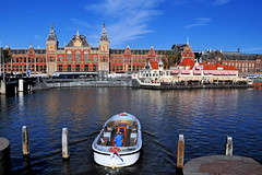 Amsterdam Centraal Station, Netherlands (natureloving) Tags: amsterdamcentraalstation netherlands amsterdam architectures boat water canal natureloving nikon d90 amsterdamtrainstation