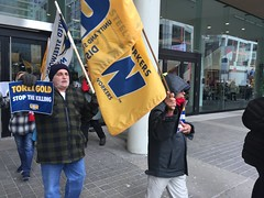 IMG_9951 (United Steelworkers - Metallos) Tags: steelworkers workers solidarity toronto demonstration rally banners flags usw trade unions labor syndicatdesmétallos hecla torexgold