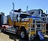 John Kerr (quarterdeck888) Tags: trucks transport semi class8 overtheroad lorry heavyhaulage cartage haulage bigrig jerilderietrucks jerilderietruckphotos nikon d7100 frosty flickr quarterdeck quarterdeckphotos roadtransport highwaytrucks australiantransport australiantrucks aussietrucks heavyvehicle express expressfreight logistics freightmanagement outbacktrucks truckies mack macktrucks macktrucksaustralia australianmacks mackmuster kyabrammackmuster2018 truckshow truckdisplay oldtrucks oldmacks