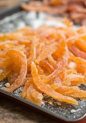 Candied Grapefruit Peel (David Lebovitz) Tags: davidlebovitz readyfordessert agrumes candied candiedgrapefruitpee candiedorangepeel confit cookbook grapefruit orangettes recipe