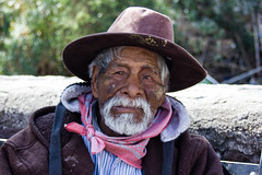 Regards du Mexique - 3/? (dominiquita52) Tags: mexique portrait man homme barbe chapeau hat beard bandana