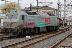 Contigo empezó todo... (yagoortiz) Tags: low cost rail 333336 galicia privada aislada prima 333 santiago precios bajos tren maquina 3333 rosco alquiler renfe
