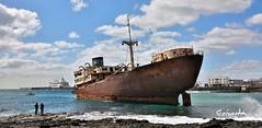 Lost Place (petra.foto busy busy busy) Tags: lanzarote schiff geisr geisterschiff arrecife hafen lostplace alt verrostet fotopetra canon 5dmarkiii
