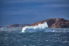 Eisberg mit Blau (Florian Seiffert) Tags: 2017 msartania abend blauestunde blau atlantik atlantic sea meer prinschristiansund greenland grönland iceberg eisberg