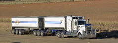 Freightlink (quarterdeck888) Tags: trucks transport semi class8 overtheroad lorry heavyhaulage cartage haulage bigrig jerilderietrucks jerilderietruckphotos nikon d7100 frosty flickr quarterdeck quarterdeckphotos roadtransport highwaytrucks australiantransport australiantrucks aussietrucks heavyvehicle express expressfreight logistics freightmanagement outbacktrucks truckies t909 freightlink kenworth bdouble tippers