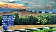 Toscana Val d'Orcia (gerard eder) Tags: world travel reise viajes europa europe italy italia italien toscana tuscany toskana valdorcia landscape landschaft paisajes panorama natur nature naturaleza road hills hügel colinas outdoor clouds wolken nubes signs