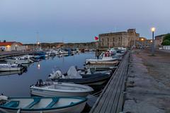Marstrand/Sverige 2013 (karlheinz klingbeil) Tags: sverige boot meer marstrand wasser sweden moon evening sailboat dusk schiff mond ocean schweden abend boat segelboot water