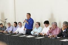 """Reunião - Aparecida de Goiânia • <a style=""""font-size:0.8em;"""" href=""""http://www.flickr.com/photos/100019041@N05/26030685227/"""" target=""""_blank"""">View on Flickr</a>"""