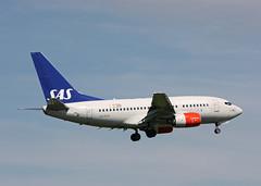 LN-RCW Boeing 737-683 SAS (corkspotter / Paul Daly) Tags: lnrcw boeing 737683 b736 28308 333 l2j amcf 47835e sas sk 1999 n1787b 20091001 lhr egll london heathrow