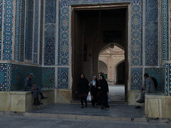 P9295387 (bartlebooth) Tags: yazd yazdprovince jamehmosque iran persia middleeast mosque masjid unesco tile blue iranian architecture mosaic olympus e510 evolt silkroad persian adobe minaret chadah chador