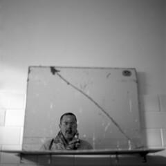Self portrait onto broken mirror (Franco & Lia) Tags: self selfportrait francopampiro biancoenero noiretblanc blackandwhite pellicola analogico film analog argentique rolleicord bellini hydrofen studional epson v500