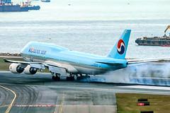 Korean Air Lines Boeing 747-8 at HKG (HL7638) (wilco737) Tags: vhhh hkg hkia hk airplane plane flugzeug flugzeuge aviation fliegerei spotting spotter planespotter planespotting boeing boeing747 boeing748 boeing7478 b747 b748 b7478 747 748 7478 boeing7478i b7478i 7478i intercontinental boeing7478b5 b7478b5 7478b5 60408 1531 ln1531 line number ln hk7638