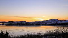 Un joyeux lève-tard (Emmanuelle2Aime2Ailes) Tags: paysage landscape lac leverdesoleil islande 7dwf