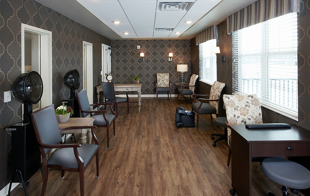 Cherrywood Pointe of Plymouth Salon