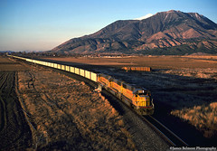 Coal Loads and Mt. Nebo (jamesbelmont) Tags: unionpacific emd sd60 cuwip nephi utah mtnebo wasatch coal wattis train railroad railway sunset