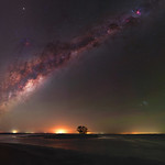 Milky Way over Island Point, Western Australia thumbnail