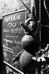 _DSC6061_DxOFlat (Eric Erac) Tags: poupée inquiétante marionnette sourire disturbing doll puppet smile poterie pottery pinocchio