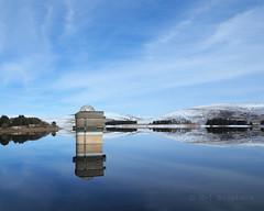 M2115539 E-M1ii 14mm iso200 f5.6 1_1600s SingleAF (Mel Stephens) Tags: 20180311 201803 2018 q1 10x8 5x4 wide uk scotland angus olympus mzuiko mft microfourthirds m43 714mm pro omd em1ii ii mirrorless backwater reservoir water structure tower landscape snow winter reflection