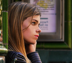 She loves her music (chrisk8800) Tags: portrait young woman girl barcelona