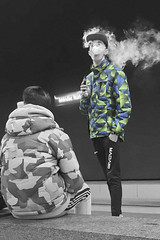 Fumando espero (Micheo) Tags: amigos men amistad freinds friendship cutout bnbw bwbn blancoynegro blackandwhite iphone chulo orgullosos teenager joven young smoking underground tramway
