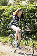 Lottie0317me (sensualimages) Tags: sensualimagesphotography sensual woman girl lady bicycle bike velo bici outdoor woods trees garden fixie fixed