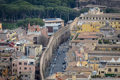 Passetto di Borgo (Markus Wollny) Tags: city vatikan rom cittàdelvaticano vatikanstadt it