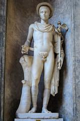Statue des Merkur (Markus Wollny) Tags: city vatikan rom cittàdelvaticano vatikanstadt it