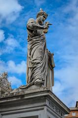 Statue des Petrus (Markus Wollny) Tags: city vatikan rom vaticancity vatikanstadt it