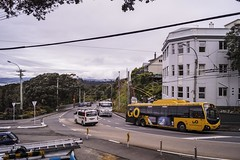 Brooklyn - Brooklyn Road turning into Ohiro Road (andrewsurgenor) Tags: transit transport publictransport nzbus gowellington electric trackless trolleybus trolleybuses wellington nz streetscenes bus buses omnibus yellow obus busse citytransport city urban newzealand