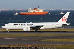 JA8979   Boeing 777-289   Japan Airlines (james.ronayne) Tags: ja8979 boeing 777289 japan airlines jl jal b772 aeroplane airplane plane aircraft jet jetliner airliner aviation flight flying tokyo haneda hnd rjtt canon 80d 100400mm raw