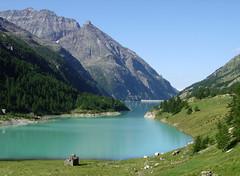 Place Moulin - 3 (antonella galardi) Tags: aosta valdaosta montagna trekking escursione escursionismo alpi valpelline lago diga artificiale placemoulin 2005