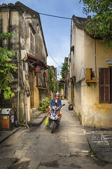 Vietnam (Ed Kruger) Tags: 2017 allrightsreserved asia asiancities asiancountries cultureofasia edkruger millakruger octover peopleofasia photosofasia southeastasia abaconda asian asians bicycle blue clouds copyrights history hoiand kirillkruger qfse rodkruger sky street sun travel travelphotography vietnam thànhphốhộian quảngnam vn