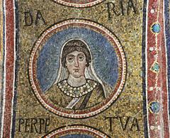 Mosaico - Santa Daria - Cappella Arcivescovile - Ravenna (494-519 dC)- UNESCO patrimonio mondiale dell'umanità (1996) (raffaele pagani) Tags: cappellaarcivescovile cappelladisantandrea chapelofsantandrea archiepiscopalchapel ravenna unesco unescoworldheritagesite patrimoniodellunesco patrimoniomondialedellumanità emiliaromagna italy italia mosaic mosaico canon
