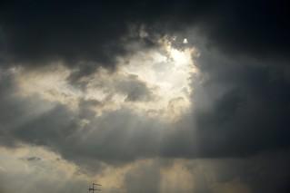 077/365: the prospect of thunder