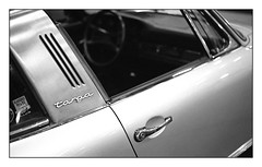 Porsche 911 Targa (floguill) Tags: leica re summicron 50mm hp5 lc29