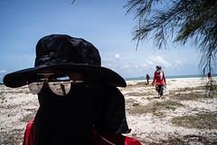 * (Sakulchai Sikitikul) Tags: street snap streetphotography songkhla sony a7s voigtlander 28mm thailand seascape sea beach samilabeach sunglasses reflection