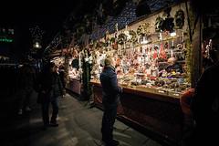Recommended (Melissa Maples) Tags: münchen munich deutschland germany europe nikon d3300 ニコン 尼康 sigma hsm 1020mm f456 1020mmf456 winter marienplatz night christmasmarket holidays christmas christkindlmarkt market weihnachtsmarkt germans vendor decorations