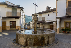 Guadalupe, Caceres, Spain (pacogranada) Tags: guadalupe caceres españa spain fountain fuente plaza square