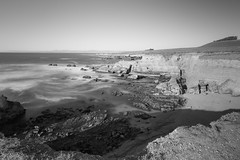 Montana De Oro State Park (Harold Wycoff) Tags: montanadeorostatepark longexpsure coast californiacoast blackandwhite monochrome landscape