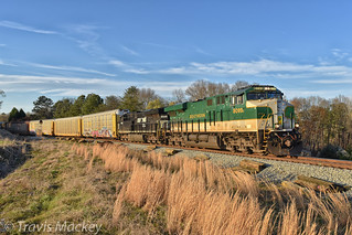NS 28T in East Spartanburg with the Southern heritage engine leading