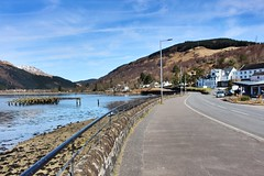 Arrochar (anna n rob) Tags: arrochar scotland uk britain village lochlong cowal peninsula argyll bute scottish highlands lochlomond nationalpark arrocharalps thecobbler tourists loch reflections
