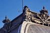 385 Paris en Février 2018 - Le Louvre, l'ornementation des toitures (paspog) Tags: paris france louvre lelouvre février februar february 2018 sculpture sculptures statue statues toit roof dcken