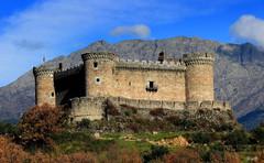 Castillo de Mombeltrán - Avila (Garciamartín) Tags: castillo fortaleza fortificación muralla medieval montañas gredos arquitectura arte monumento ávila castillaleón españa europa garciamartín nino es y castillos