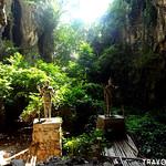 Phnom Sampeau Caves, Battambang thumbnail