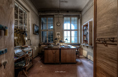 Grandpa´s Office (Fine ArtFoto) Tags: urbex artfoto gestern dream wwwfineartfotocom urban exploration urbexart urbandecay lost place lostplaces lostplace decay decaying discard discarded old oblivion alt abandoned forgotten vergessen verlassen derelict aufgegeben rotten verottet näherei sewing factory fabrik wäschefabrik wäsche sony a7 riii sonya7riii