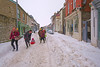 Castle Street, Hay on Wye. Powys. Wales (Minoltakid) Tags: flow focus shops powys hayonwye people fun person castlestreet wales midwales man woman child highstreet buildings markettown welshtown town towninwales powystown weather cold march 2018 cars sledge playing relaxing streetphotography townphotography urbanphotography peoplerelaxing winterweather winterphotography tagged geotagged uk gb sony sonyrx0 rx0 dscrx0 theminoltakid minoltakid rossevans rossdevans
